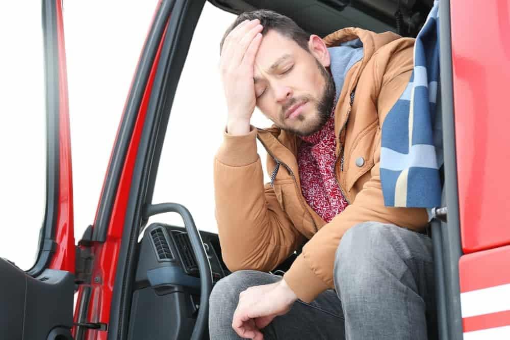 diferenca entre entregar e permitir condutor nao habilitado