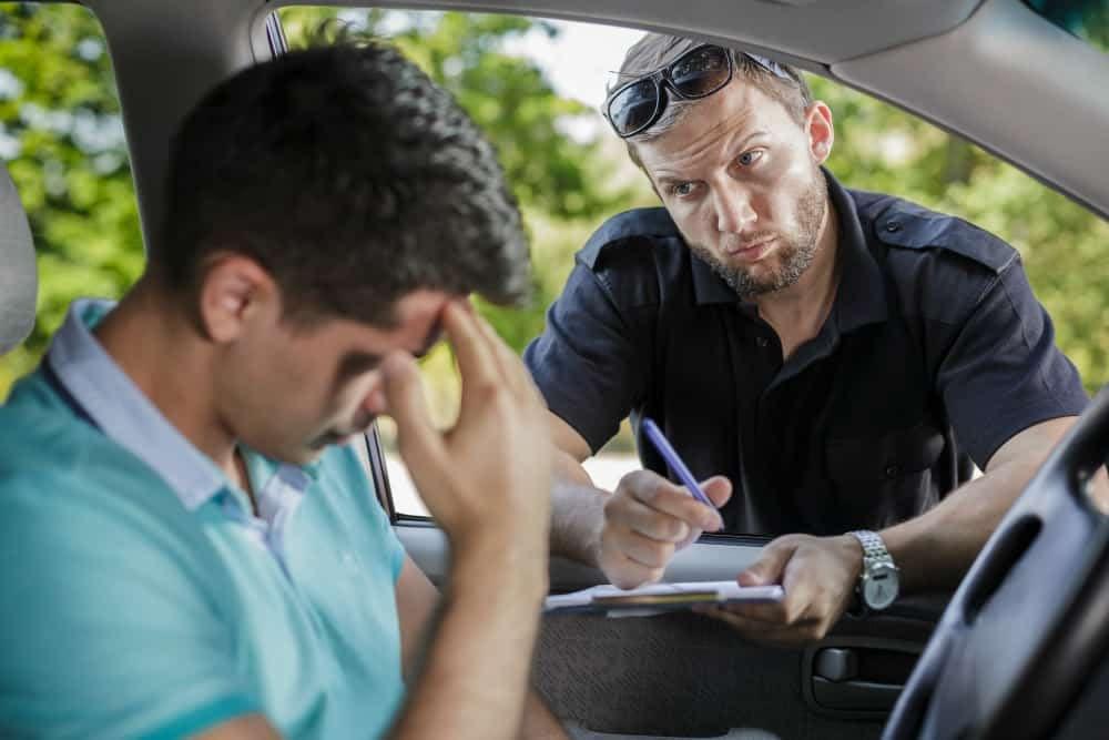 O motorista da UBER deverá arcar com as consequências da multa