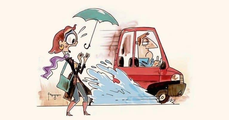 Jogar água no pedestre gera multa